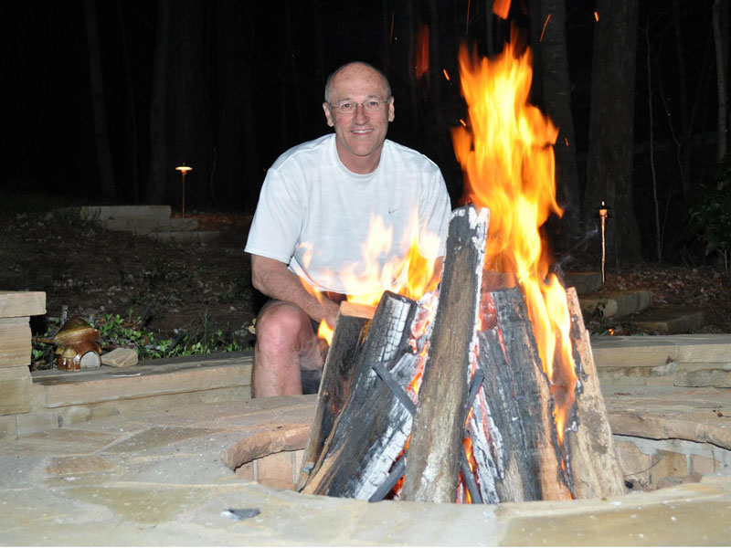 A Fire Pit Grate will Help Build the Best Campfire Possible