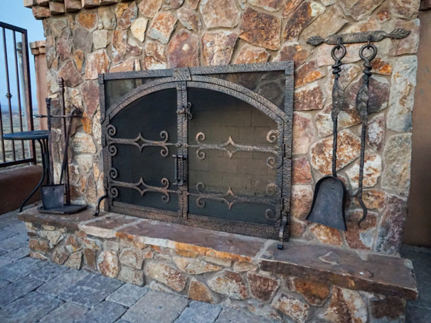 Reasons Why Installing Fireplace Doors Will Benefit Your Family and Home & Fireplace Doors Archives - NorthlineExpress Blog